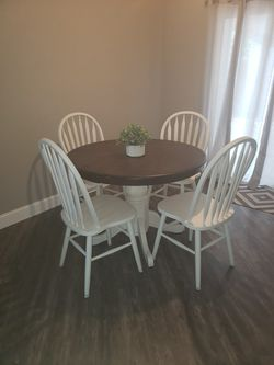 TABLE & 4 CHAIRS for Sale in Visalia, CA