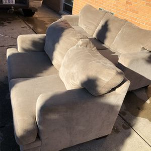 FREE DELIVERY Sofa And Love Seat Couch Set for Sale in Park Ridge, IL