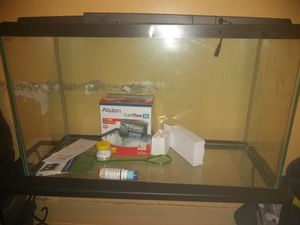 Fish tank and kit brand new for Sale in Baltimore, MD