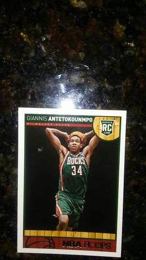 Giannis Anetokounmpo Rookie Card Milwaukee Bucks 2013-2014 NBA Hoops for Sale in BVL, FL