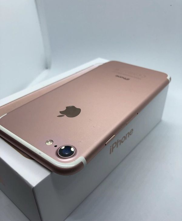 🔥🔥iPhone 7 32 GB factory unlocked with warranty