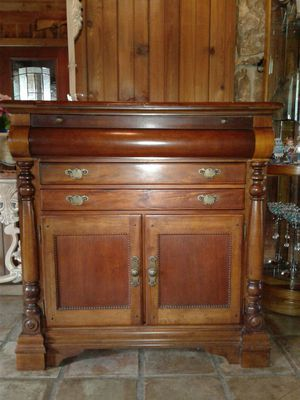 Buffet Cabinet Hutch for Sale in Dallas, TX