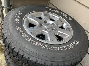 Jeep tires 5x5 for Sale in Renton, WA