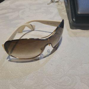 Sunglasses PRADA for Sale in Miami, FL