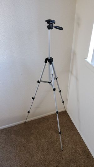 Camera tripod for Sale in Seal Beach, CA