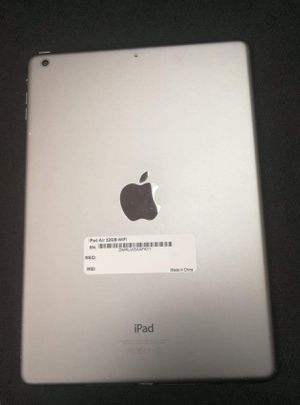 iPad Air five generation Unlocked Like New Condition With 30 Days Warranty for Sale in Tampa, FL