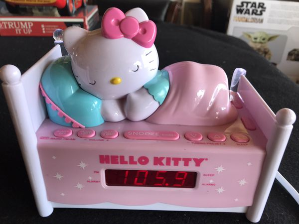 Gently Used Very Cute Sanrio Hello Kitty Alarm Clock/Radio