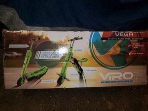 Vega 2 in 1 Scooter Viro Rides 10mph NIB for Sale in Charlotte, MI