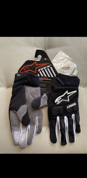 $40 FIRM PRICE! New Alpinestars Adult riding gloves. for Sale in Pomona, CA