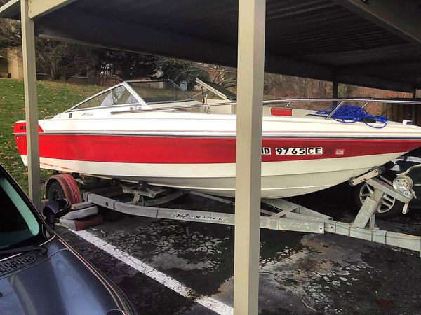 1988 Wellcraft 190 boat with trailer