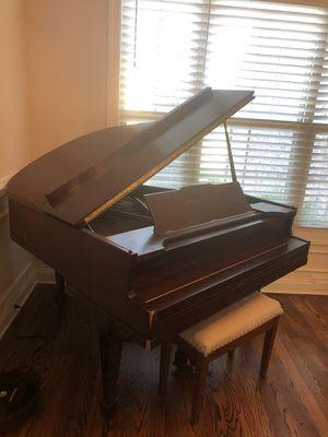 Baby Grand Piano for Sale in Franklin, TN