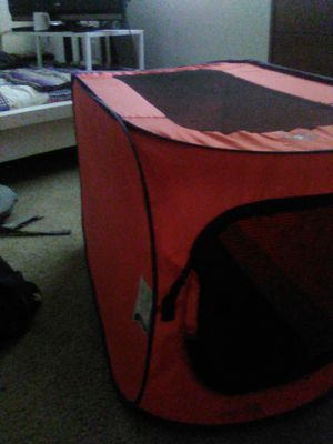 Small dog kennel for Sale in Tacoma, WA