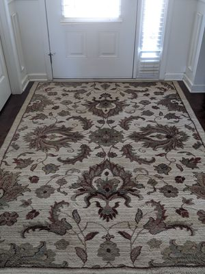 """Allen & Roth Area Rug 5'3"""" x 7'6"""" for Sale in Greer, SC"""