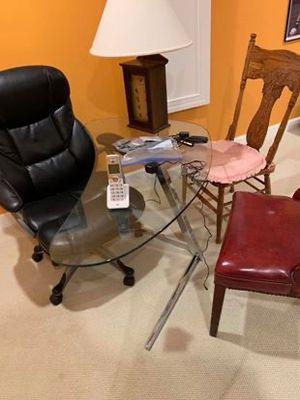Modern Glass Desk for Sale in Sterling, VA