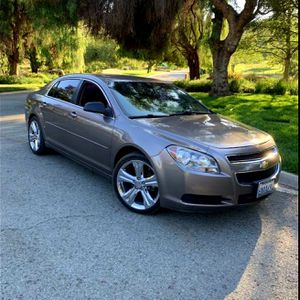 2011 CHEVY MALIBU for Sale in Los Angeles, CA