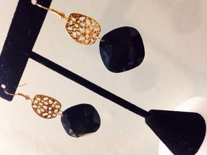 Black diamond earrings for Sale in Brooklyn, MD