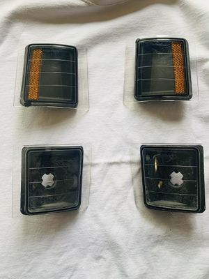 CHEVY OBS CORNER LIGHTS 4 PIECE BLACK HOUSING 88-98 for Sale in Los Angeles, CA