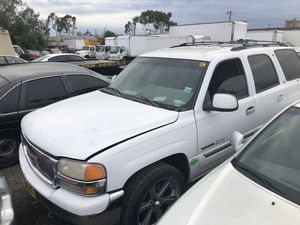 2001-2006 GMC Yukon part out for Sale in Los Angeles, CA