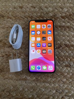Iphone X UNLOCKED 64 gb great condition for Sale in Cape Coral, FL