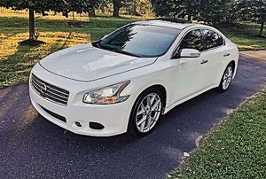 impecable !!Price 1.4.O.O$ 2010 Nissan Maxima for Sale in Charleston, WV