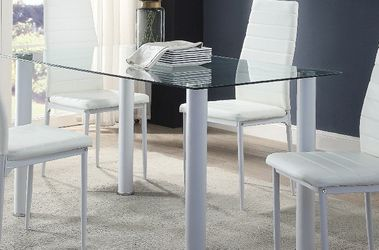 Dining Table Set 5 PCS In Special Offer In 45701 Highway 27N Davenport Fl 33897 407@969@1652 for Sale in Haines City,  FL