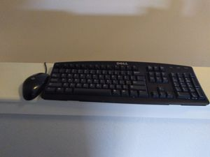 Dell keyboard hp mouse for Sale in Johnson City, NY