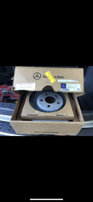 Mercedes Benz c300 15-16 genuine 2 front rotors for Sale in The Bronx, NY