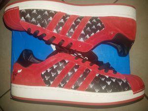Adidas Superstar Originals Sz 13 Chicago Bulls for Sale in Miami, FL