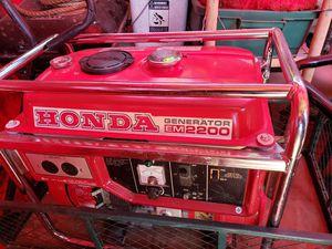 Honda em2200 generator for Sale in Springfield, OR