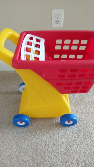 Little Tikes toy shopping cart for Sale in Rockville, MD