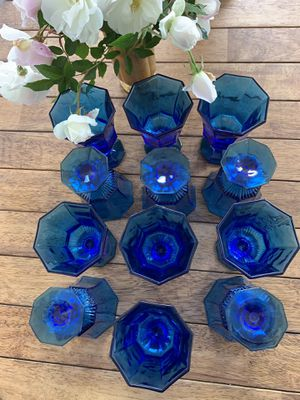 Vintage Independence blue wine glassware for Sale in San Pedro, CA