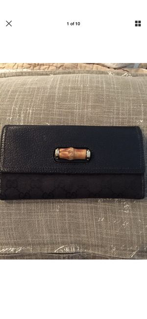 Vintage Gucci Bamboo Toggle Checkbook Wallet for Sale in Alpharetta, GA