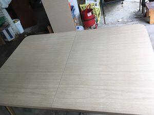 REDUCED! Vintage Walter of Wabash Formica table for Sale in LaGrange, OH