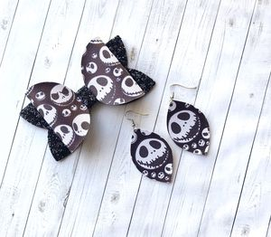 Nightmare before Christmas bow set for Sale in Leander, TX
