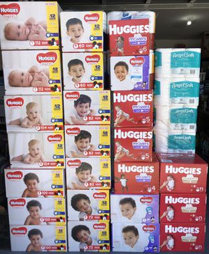 Huggies diapers box for Sale in Lehigh Acres, FL