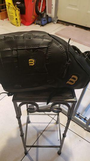 Wilson left handed softball glove for Sale in Philadelphia, PA