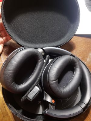Sonic wireless headphones for Sale in Houston, TX
