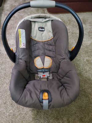 Chicco Car Seat for Sale in Mishawaka, IN