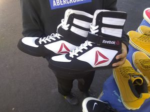 Boxing shoes for Sale in Jurupa Valley, CA
