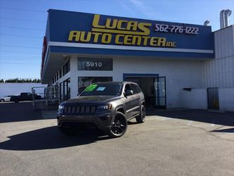 2017 Jeep Grand Cherokee for Sale in South Gate,  CA