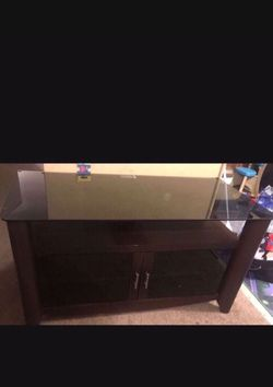 Tv Stand In A Perfect Condition for Sale in Philadelphia,  PA