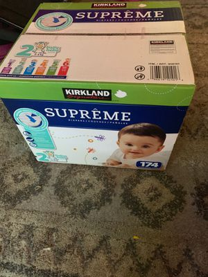 Diapers size 2 for Sale in San Diego, CA