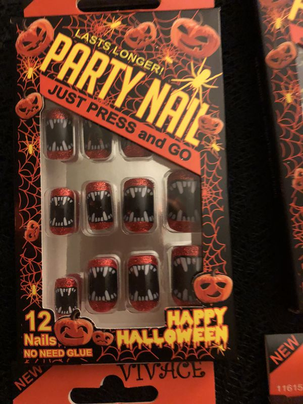 Press and Go Halloween nails