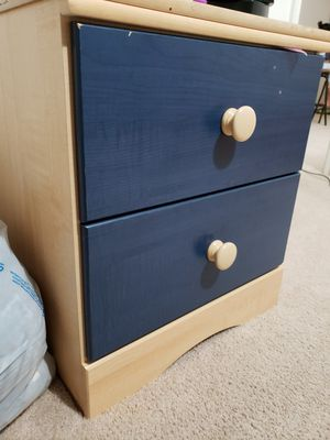 Side table, night stand for Sale in Fairfax, VA