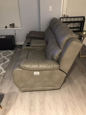 2-Seat electric reclining couch for Sale in Boston, MA