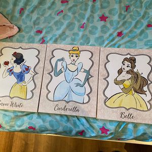 10x13 Disney Princess Wall Canvas for Sale in Antioch, CA