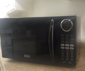 Microwave Sunbeam 900W for Sale in Torrance, CA