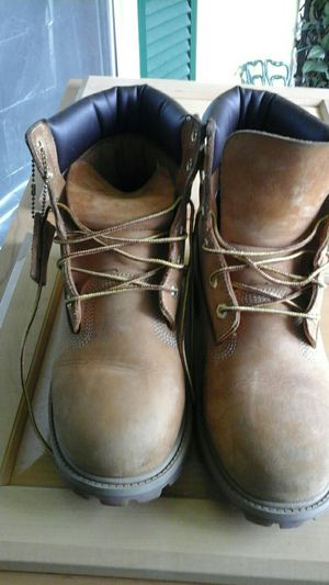 Timberland size 7 in very good condition for Sale in Dallas, TX