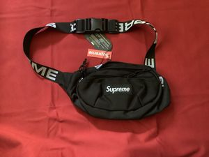 Supreme duffle bag waist bag black for Sale in Lynwood, CA