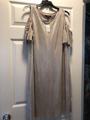 Metallic Gold Cold Shoulder Dress for Sale in Del Valle, TX